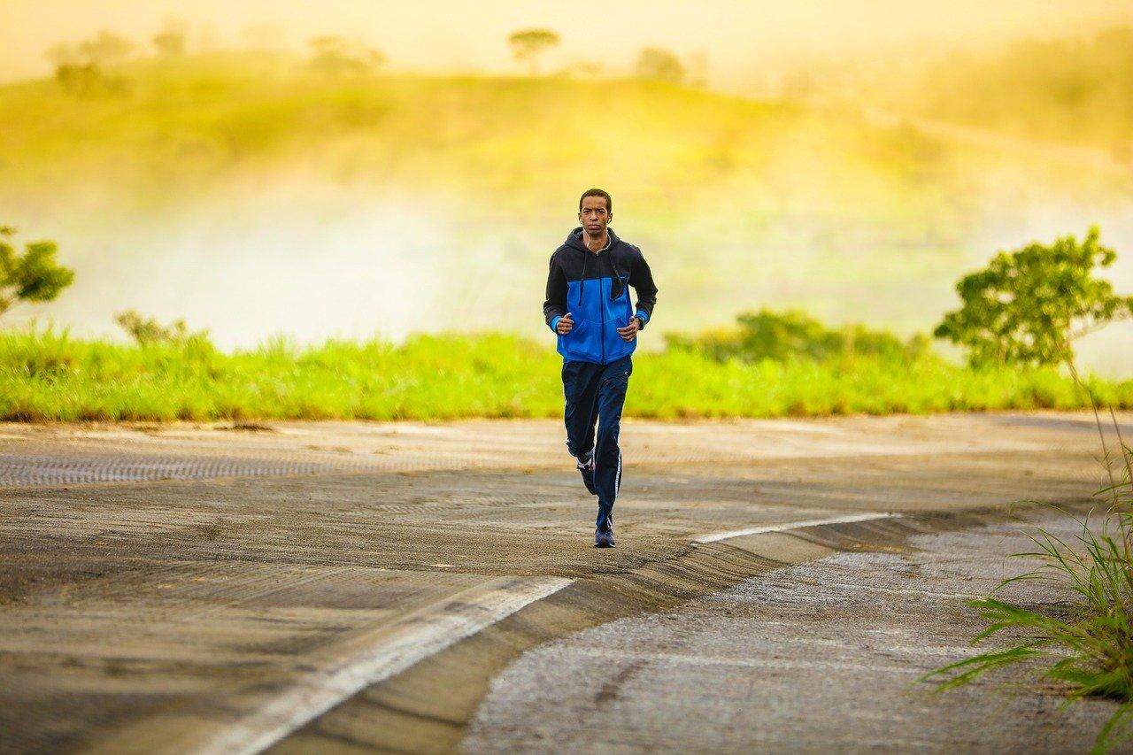 Jak się rozciągać przed bieganiem?